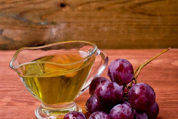 Traubenkernöl – auf Haare und Haut